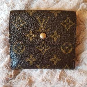 ✨Phenomenal Louis Vuitton Elsie Wallet🎈
